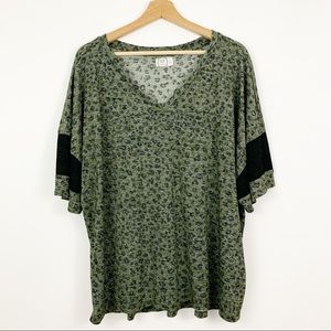 Maurices Top Plus 3X Green Leopard Print V Neck